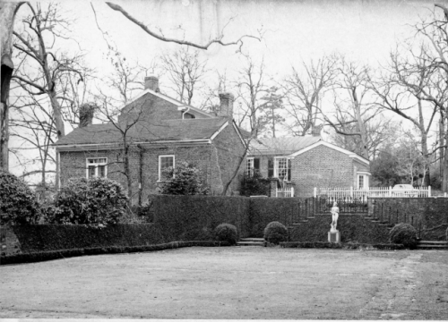 Founders Garden Kitchen and Smokehouse