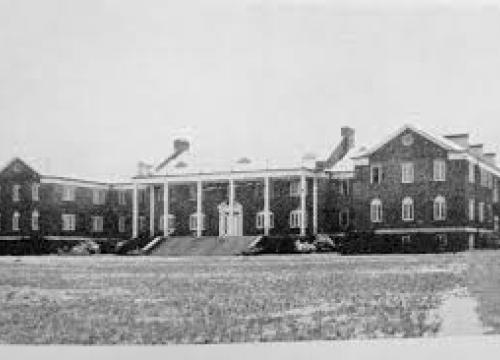 Mary Lyndon Hall