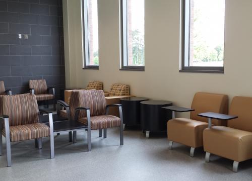 Veterinary Medicine Learning Center Exam Waiting