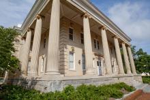 Winnie-Davis Hall